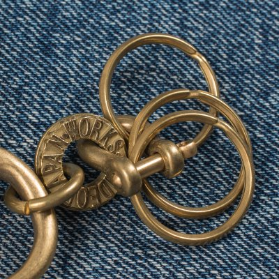 Large Brass Clip with Swivel and Rings