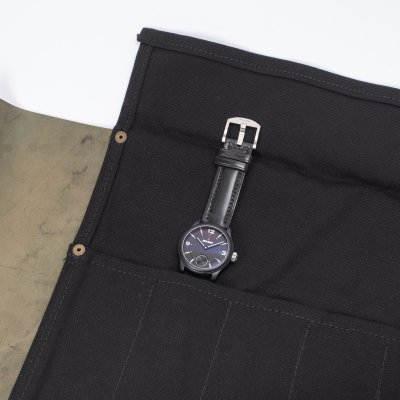 Complimentary Watch Roll