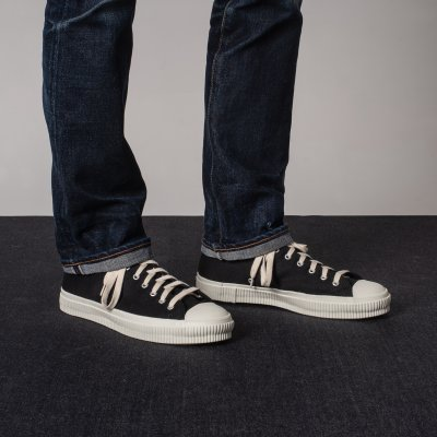 21oz Black Denim Low-Top Sneakers