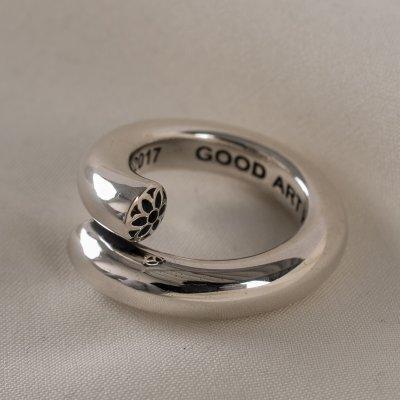 GOOD ART HLYWD Nixon Smooth Ring