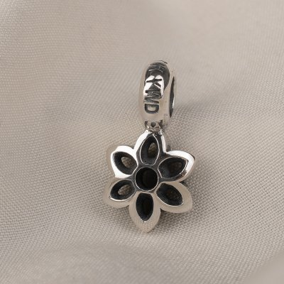 GOOD ART HLYWD Cut Out Rosette Size B - Sterling Silver