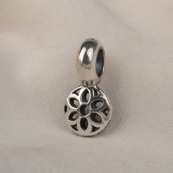 GOOD ART HLYWD Rosette Disc Size A - Sterling Silver