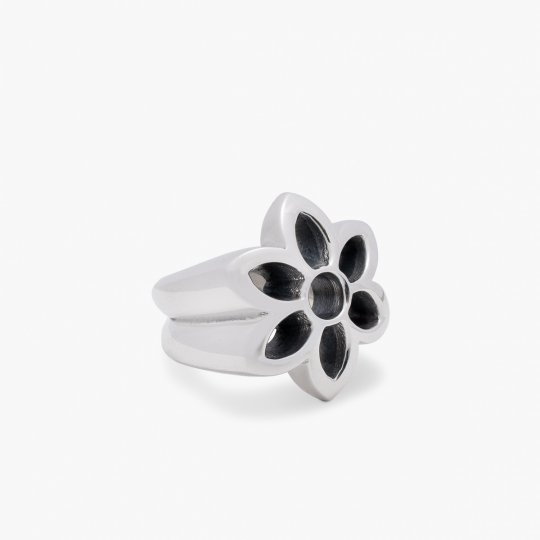 GOOD ART HLYWD Rosette Cutout Ring - Sterling Silver